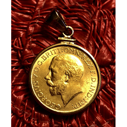 British Gold Sovereign of George V Dated 1926 mounted in 14K Gold Bezel